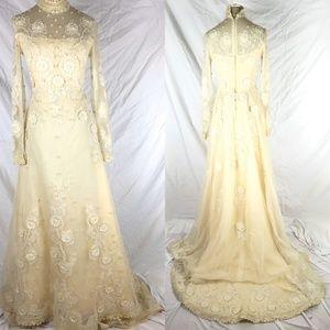 Vintage Wedding dress ivory long sleeve high neck